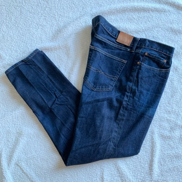 Lucky Brand Other - Lucky Brand 410 Athletic Fit Jeans 40/32